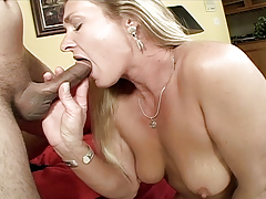 Stick blowing blonde cougar pussy pounded by younger fellow