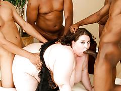 Jellie hopes the D! So this girl gangbangs four black guys!
