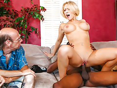 Bimbo blonde wife fucks black animal in front of other half !
