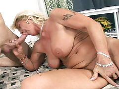 Nasty Mature Woman Enjoys Having Her Cage of love Fucked Hardcore