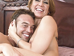Inari Vachs and Rocco Reed comment on their copulation scene in bed