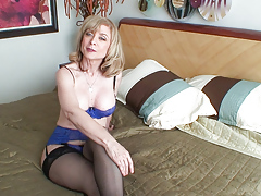 Listen to Nina Hartley talking about her career in porn! HD