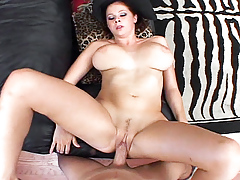 Gianna attracted to to gain a big facial load and show it to the cam