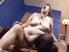 Big hulking woman sucking dick & getting her pussy pounded!