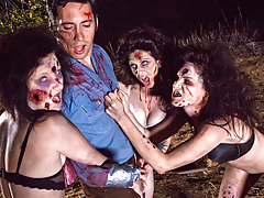 Sexy jock hungry Zombettes are gonna fuck your brains out !