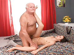 Claudia Adams uterus pounded and creampied by the old Pepa