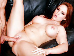 Amateur Bella Is Finally Stretching Her Legs For A Good Fuck!