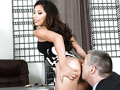 The unpracticed Latina secretary makes her boss adoration her a-hole