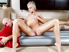 The Pleasing Jessa Rhodes Fairy-haired Massage Fuck And Suck