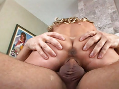 Nice Looking Mom Loves A Big Cock Inner Her Pussy & Get Cum