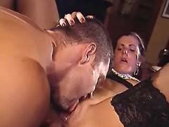 Maid n master in oralsex