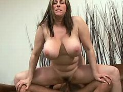 Plump housewife w huge tits screwed