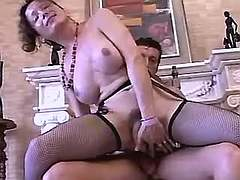 Tgirl and her lover play sexy games