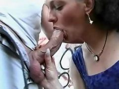 Brunette preggo sucks cock outdoor