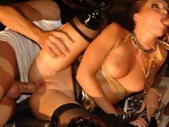 Slutty blonde girl enjoys pleasing two boners