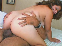 Hot paunchy mom satisfy lucky dude