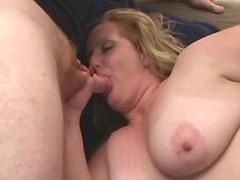 Lustful BBW w big tits in threesome