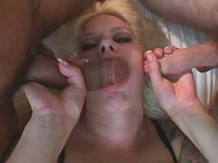 Fatty girl gets double fuck on bed