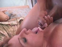 Fullbodied lady fucking with black