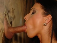 European babe goes on her knees for gloryhole