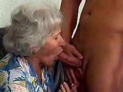 Granny sucks cock of amateur guy