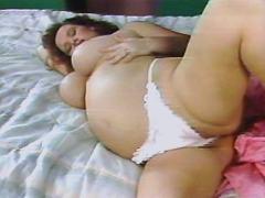 Pregnant lady masturbates