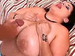 Plumper gets cum portion