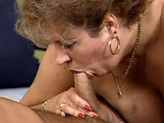 Mom in lingerie drilled