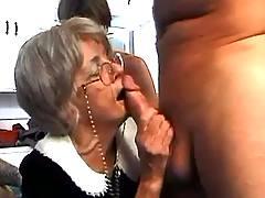 Grandma n dudes make orgy
