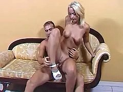 Hunk fucks w girl on sofa