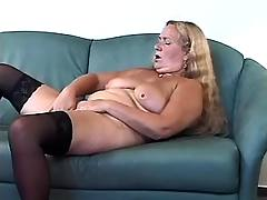 Granny desperate to fuck